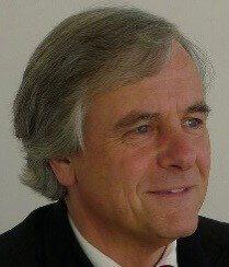 Prof. Dr. Julian Wékel